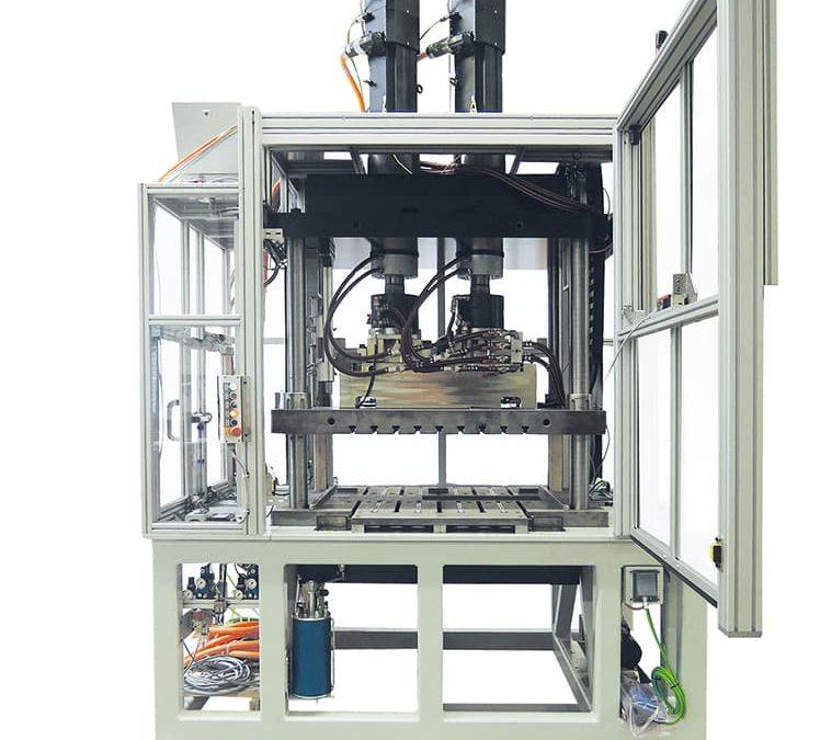 Spindelpresse mit variablem Hub per elektrischem Servoantrieb